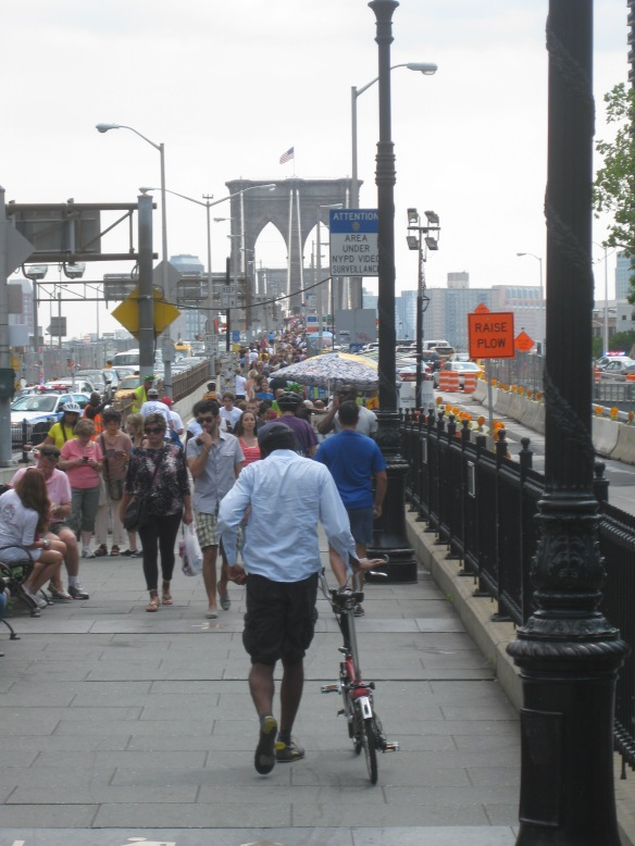 busy on Brooklyn Bridge