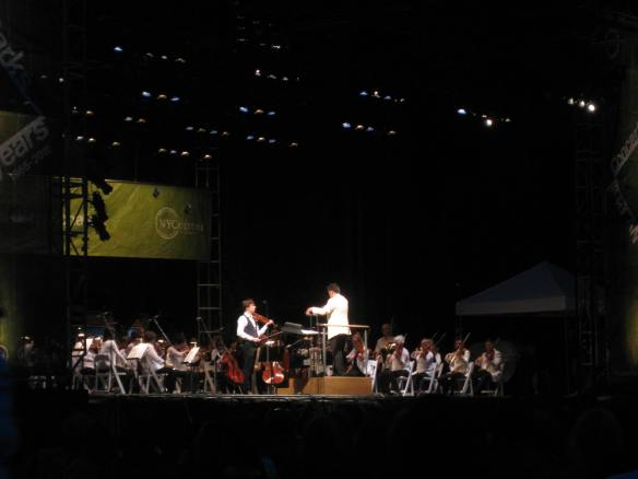 Joshua Bell, Alan Gilbert and the New York Philharmonic
